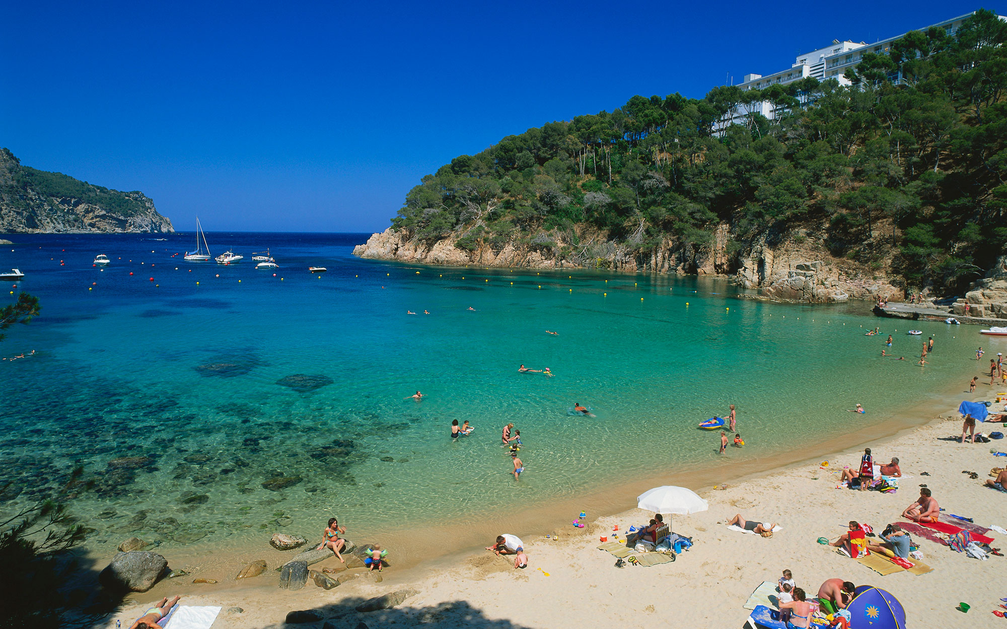 British Expats in Spain beach life